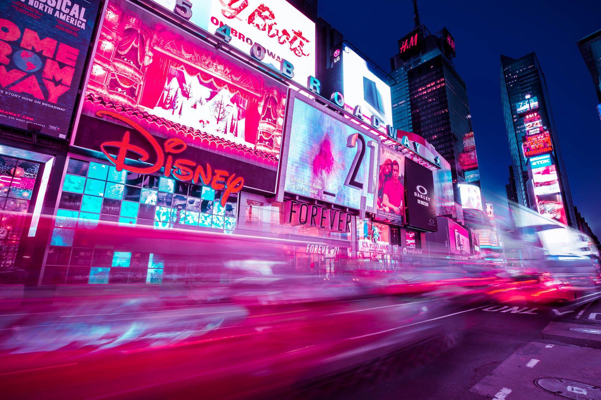 Неоновый ночной New York